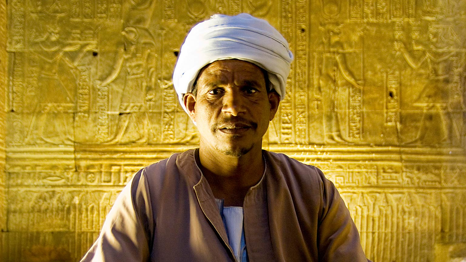 Egypt-Edfu-Temple-Guard-Leo-Tamburri