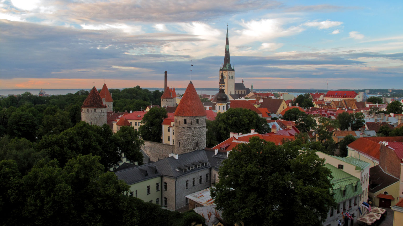 Baltics-Tallinn-Flickr-user-TausP