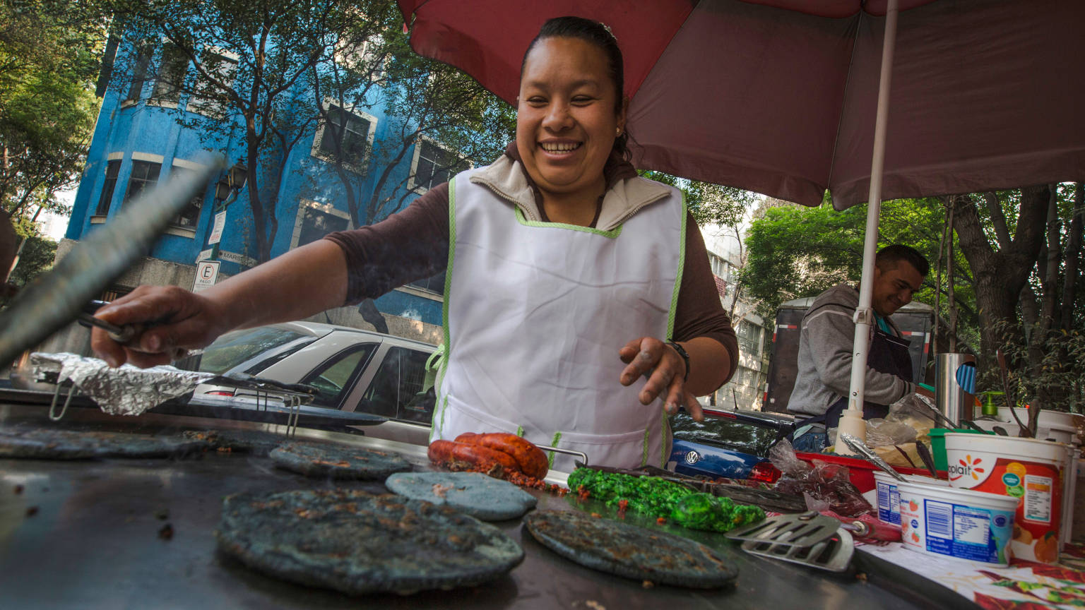 Mexico-Mexico-City-Food-Stand-Taco-Vendors-Cooking-Oana-Dragan