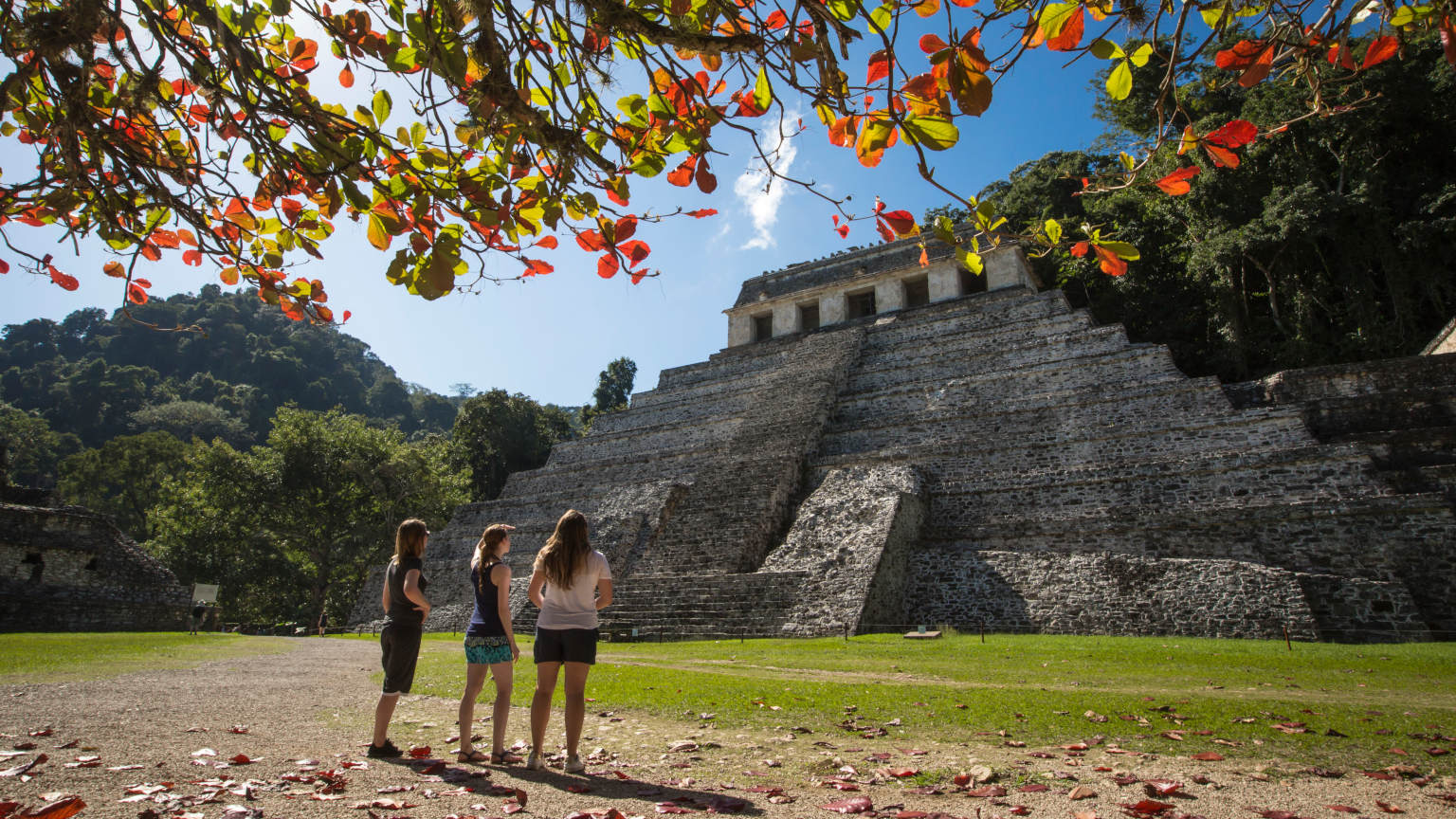 Mexico Palenque Ruins Female Travellers Under Tree - Oana Dragan
