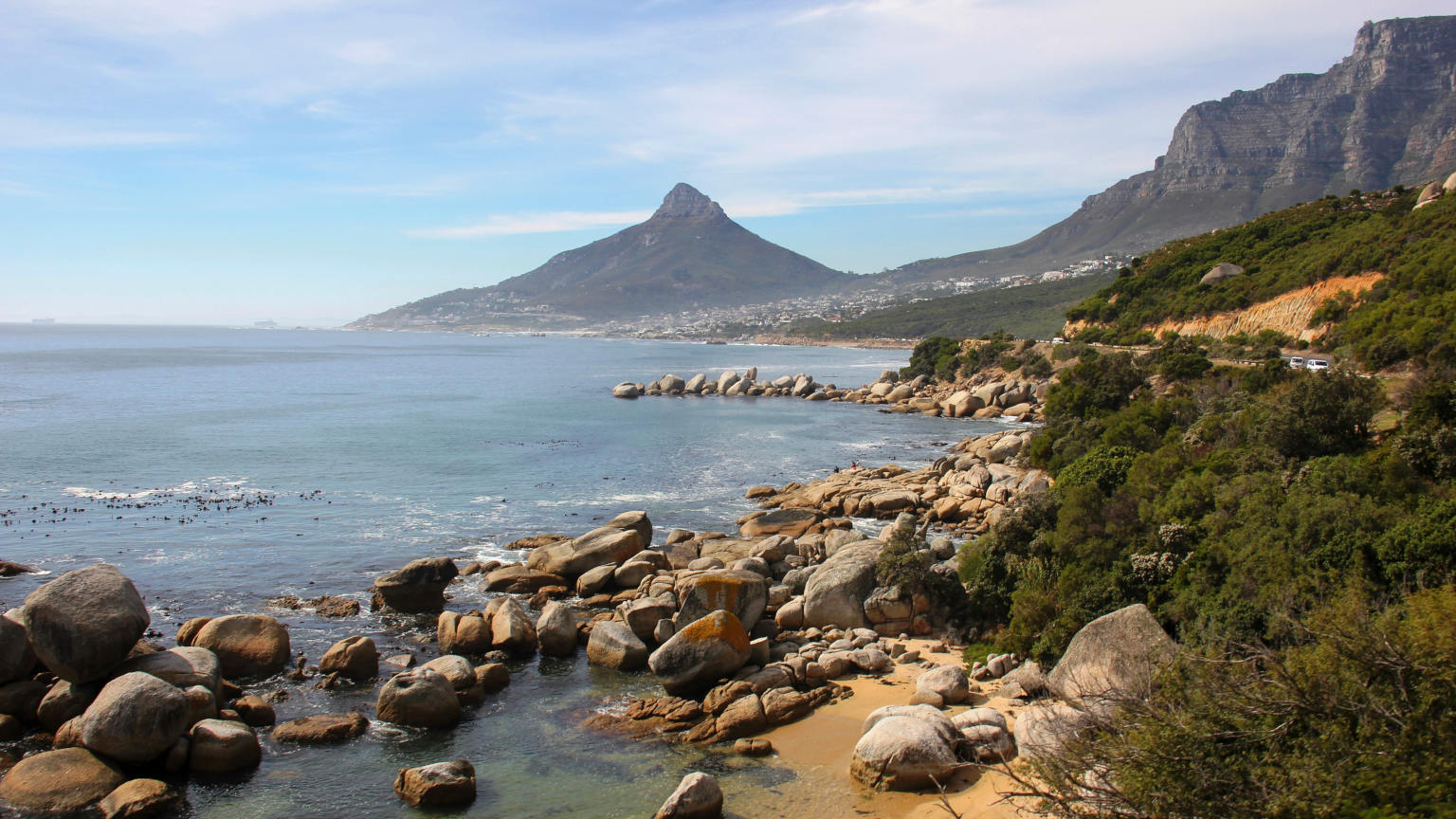 South-Africa-Cape-Town-Western-Cape-Shoreline-Mountain-Jess-Yescalis-cropped