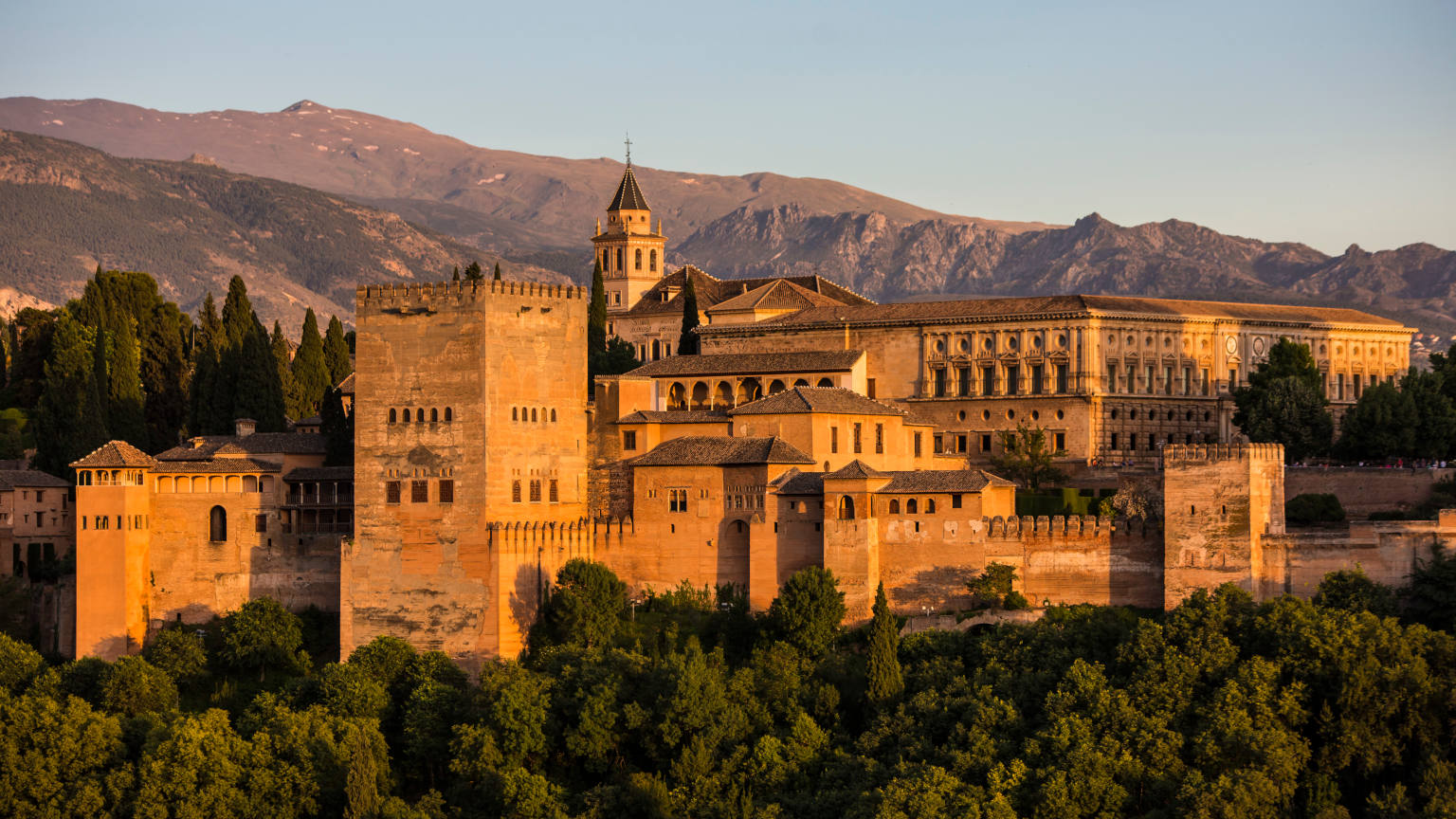 Spain-Granada-Alhambra-Sunset