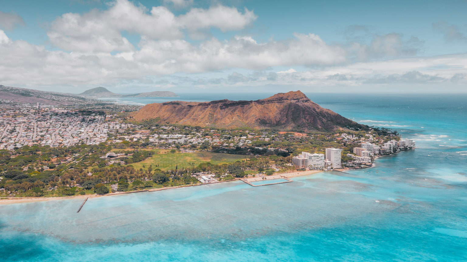 Hawaii Diamond Head Cropped Jess Vide